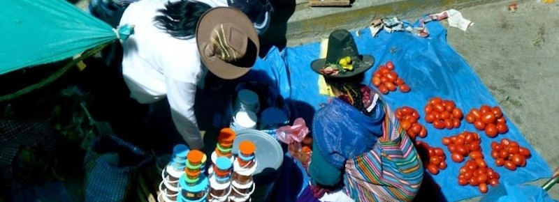 Quechua Ladies Selling Tomatoes